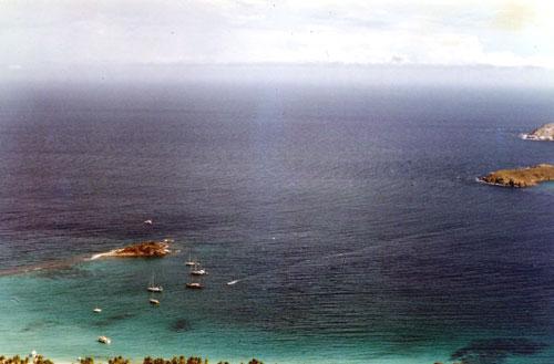 Archipel de Los Testigos, Venezuela. Sangria ?  Cherchez le plus petit du mouillage, une de mes escales favorites.
